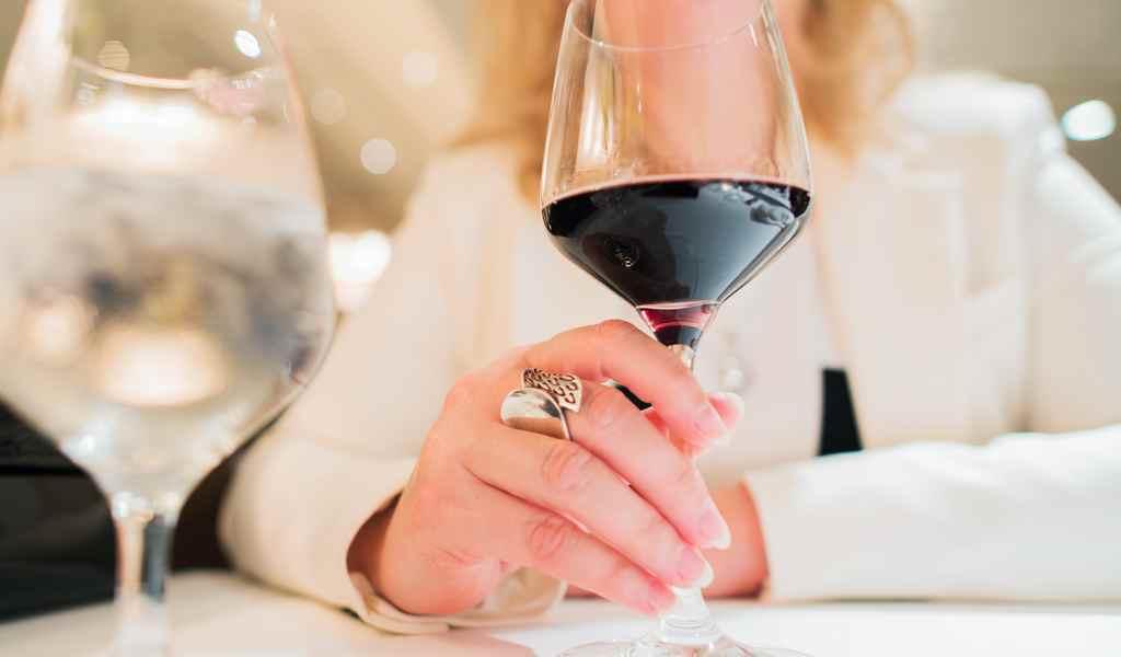 Лечение женского алкоголизма в Бирево анонимно
